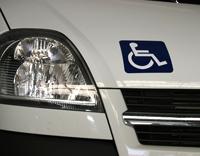 Véhicule Automatique adapté aux personnes à mobilité réduite et handicapé